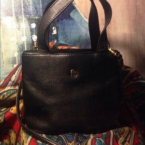 Vintage Etienne Aigner  leather crossbody purse